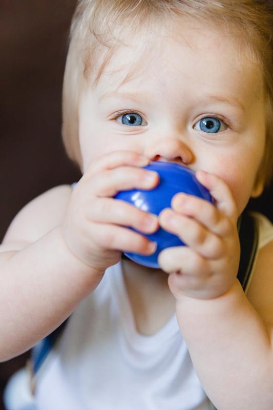 Babyfotos aufgenommen bei einem Homefotoshooting in Rostock.