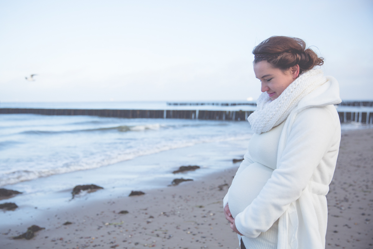 Schwangerschaftsfotoshooting am Strand