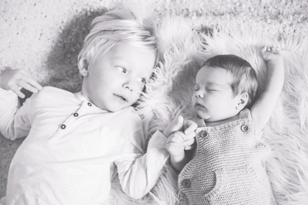 Fotos eines Geschwisterfotoshootings
